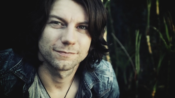 Patrick Fugit, I like almost every movie he's ever been in. Also, idk why, but his voice is extremely attractive to me.