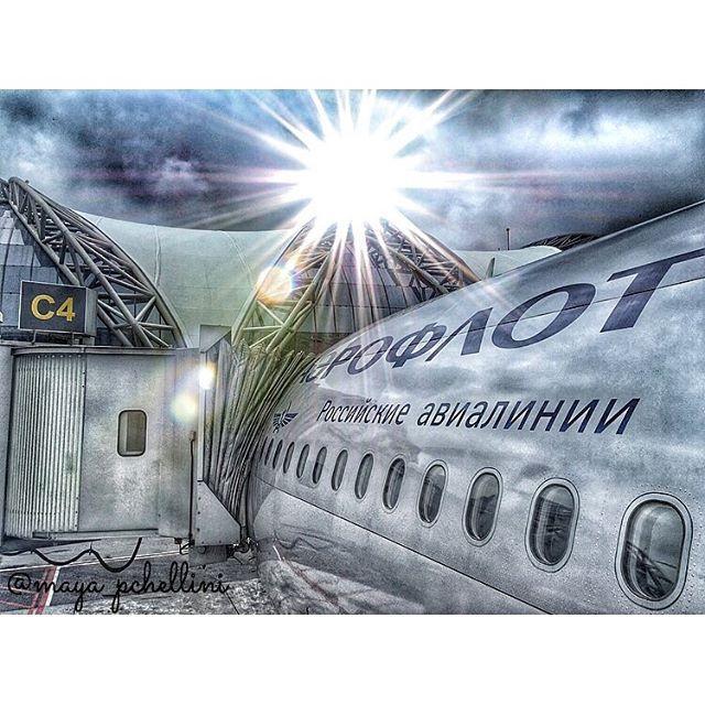 If travelling was free you would never see me again  #aeroflot #bangkok #thai #thailand #airplane #aircraft #a330 #airbus #буднибортпроводника #утростюардессы #stewardess #flightcrew #flightattendant #crewlife #cabincrew #cabinattendant #аэрофлот #бортпроводник #стюардесса #гопро #тай #таиланд #бангкок #самолет #goprooftheday #gopro #aviation #travel #trip#crewiser, by crewiser.com