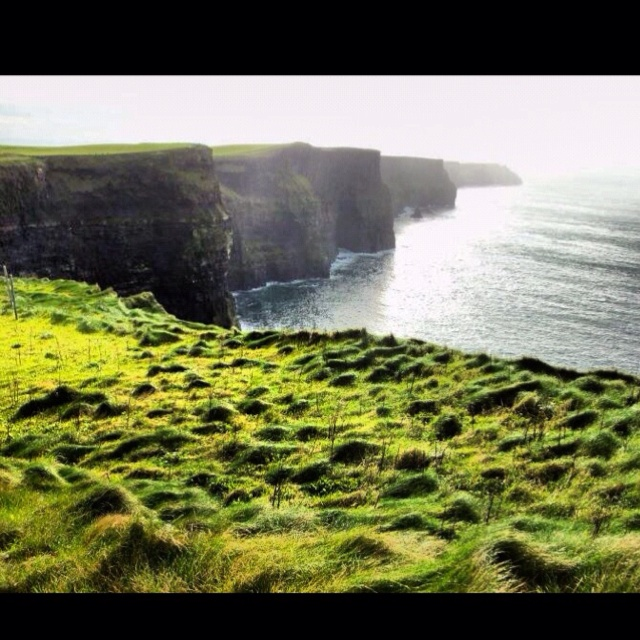 Cliffs of Moher- Doolin, Ireland. Traveling Europe while studying abroad