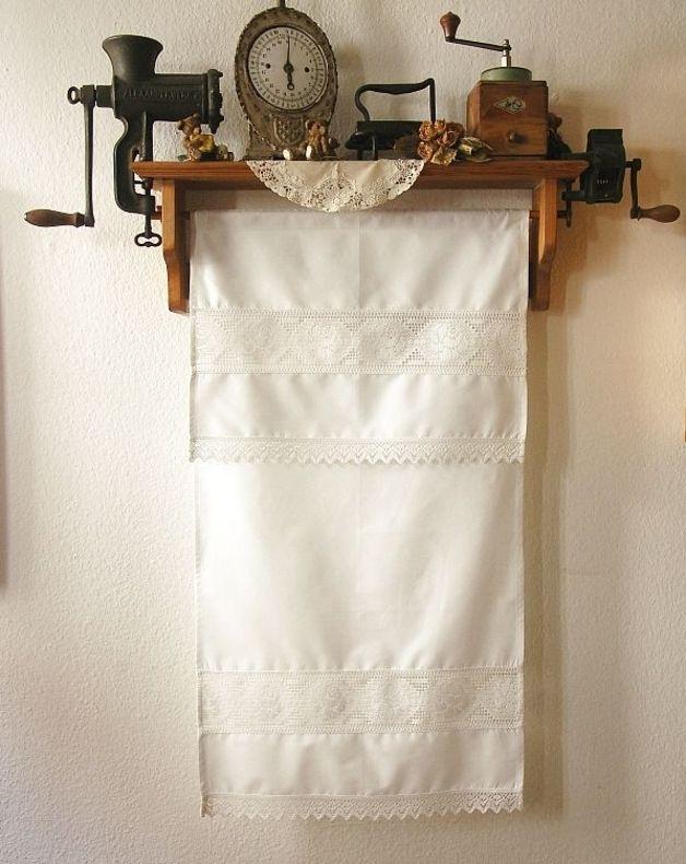 Gardinen - shabby chic: Überhandtuch Landhausstil - ein Designerstück von Waeschetruhe bei DaWanda
