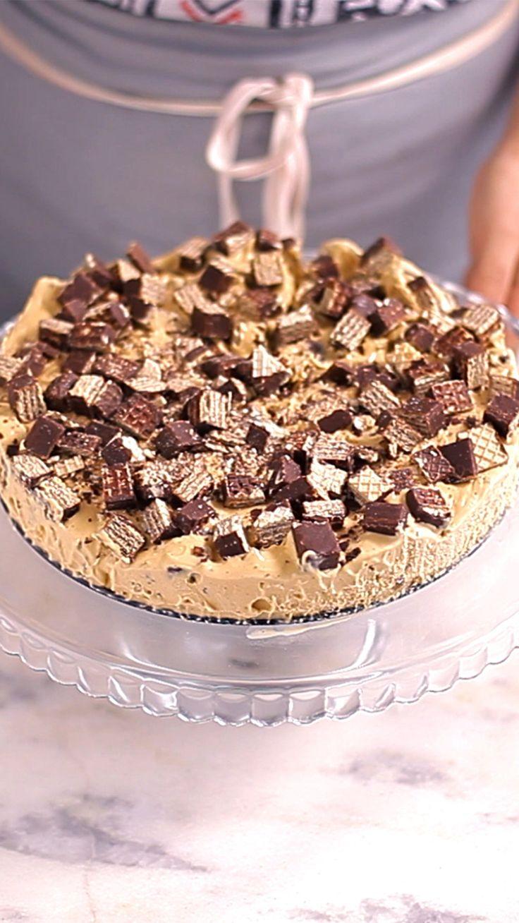 Torta de bis super saborosa e fácil de fazer.