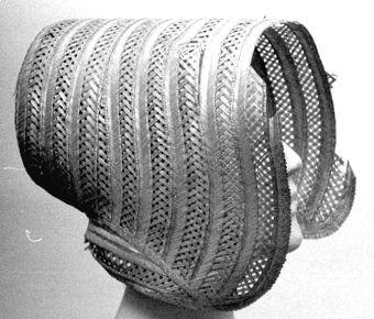 Straw bonnet, Sweish, 1840's. Örebro Läns Museum, nr. OLM-2626-A