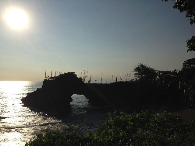 Tanah lot temple Bali sunset tour call +6287862331691 : Tanah Lot Temple Sunset on 16 April 2017