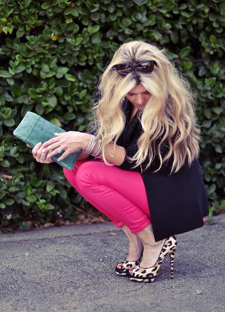 pink skinny jeans, cheetah shoes - ugggh love love