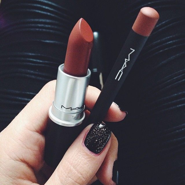 New Favorite MAC  #lipstick Taupe and #lipliner Subculture @maccosmetics