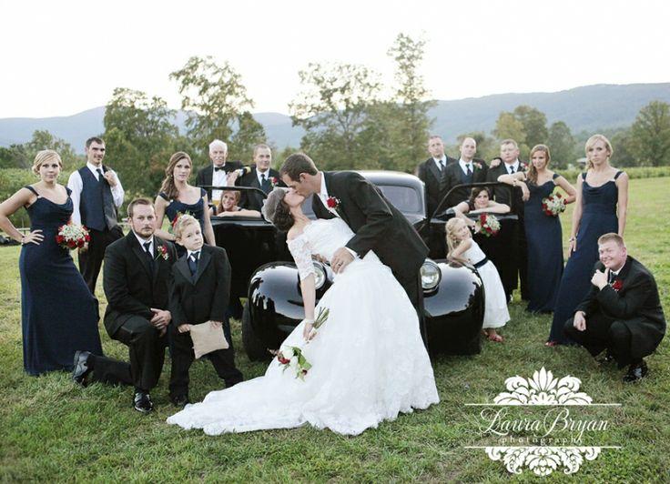 Awesome Wedding Group Shot Laura Bryan Photography Simple Elegance Lynchburg