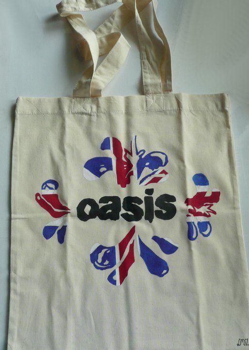 Ręcznie malowana torba z Oasis.