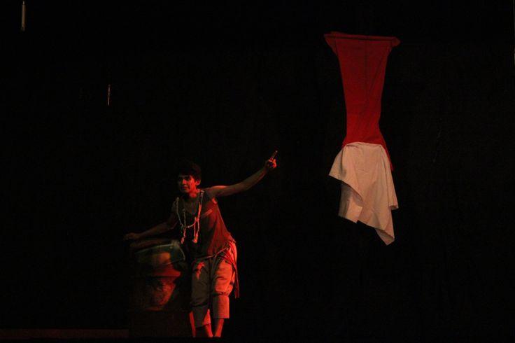 pertunjukan monolog topeng topeng, karya rachman sabur