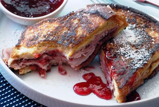 Monte Cristo Sandwich (Fried Ham and Swiss with Red Currant Jelly ...
