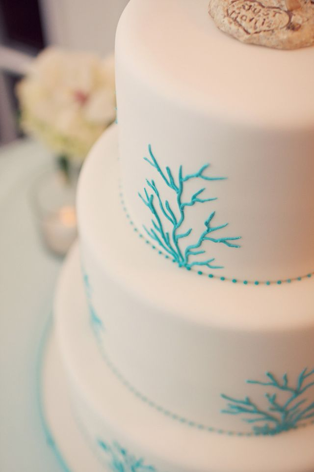 Aqua Coral wedding cake by Kakes by Karen | photo by Reign7Photo.com