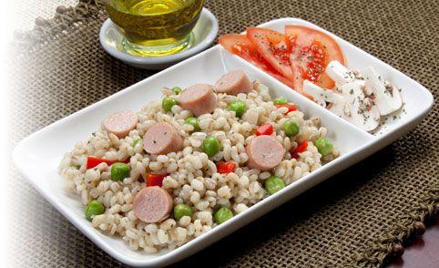 Instrucciones, detalles e imágenes sobre la preparación de la receta de Risotto de cebada con salchichas en PRONACA Procesadora Nacional de Alimentos