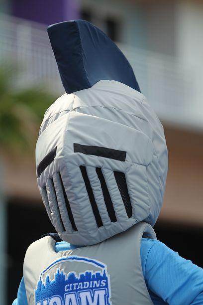 Cheerleading mascotte Citadins #UQAM @Nicole Novembrino Merriman Adamson/NDA