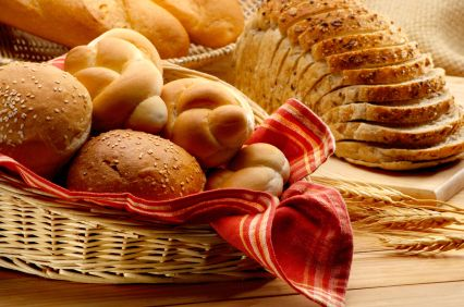 When food is baked it becomes awesome. So, try a range of best Bakery delivered by foodiesquare.in at amazing prices. Order Online Birthday Cake available in all shapes, sizes and flavors. Make love of your life happy with bread baked and covered with cream. Click. Oder. Enjoy now!! For more Details visit here:-