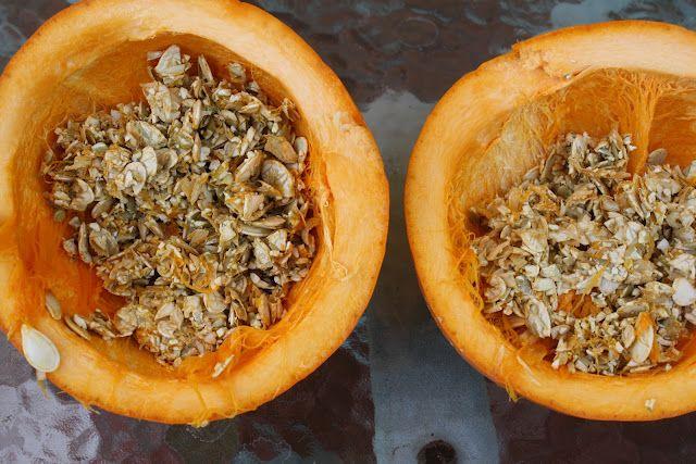 Raw pumpkin seeds as natural chicken de-wormer