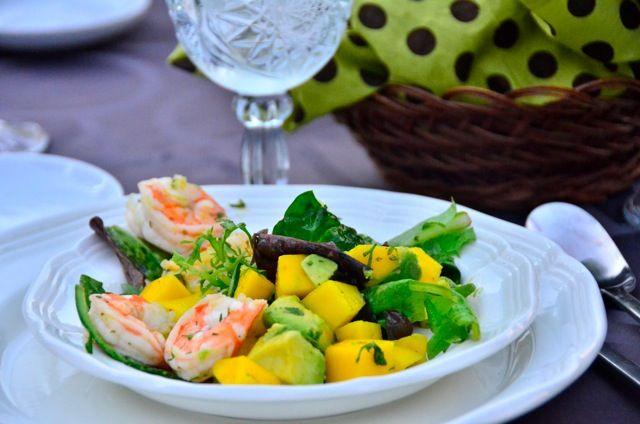 Prawns, Mango, Avocado Salad | reluctantentertainer.com