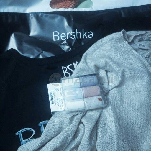 Yeii ya tiene tienda online  #MexicoNice2MeetU #Bershka