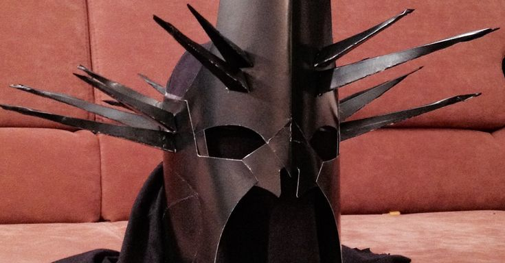 DIY Lord of The Rings Cardboard Helmet - SZMK