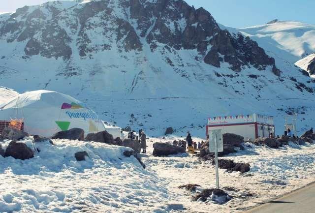 Transporte Turistico, Viajes a la Nieve  Visita y disfruta de Los Andes, excelentes centros de ..  http://cerro-navia.evisos.cl/viajes-a-la-nieve-centros-de-ski-valle-id-545454