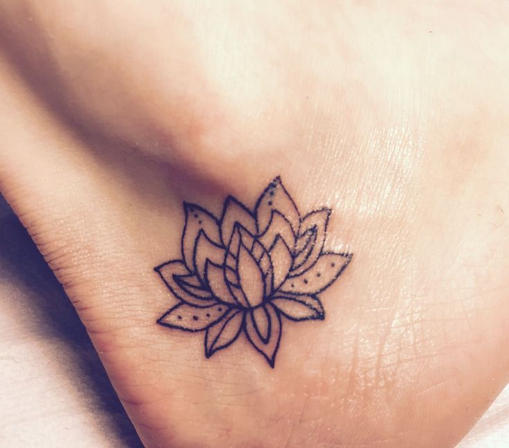 Lotus Flower Tattoo: The most popular floral tattoo has many meanings