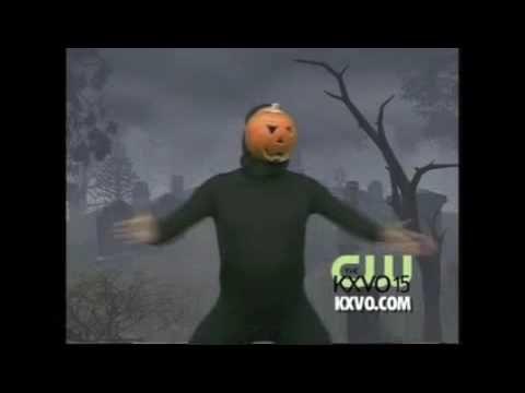 Pardon me while I am crying laughing, love this--Pumpkin Dances to Ke$ha.