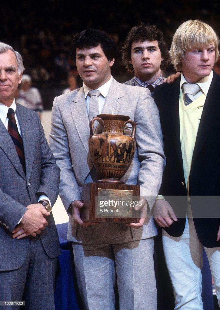 Prom dress 1980 81 nhl season