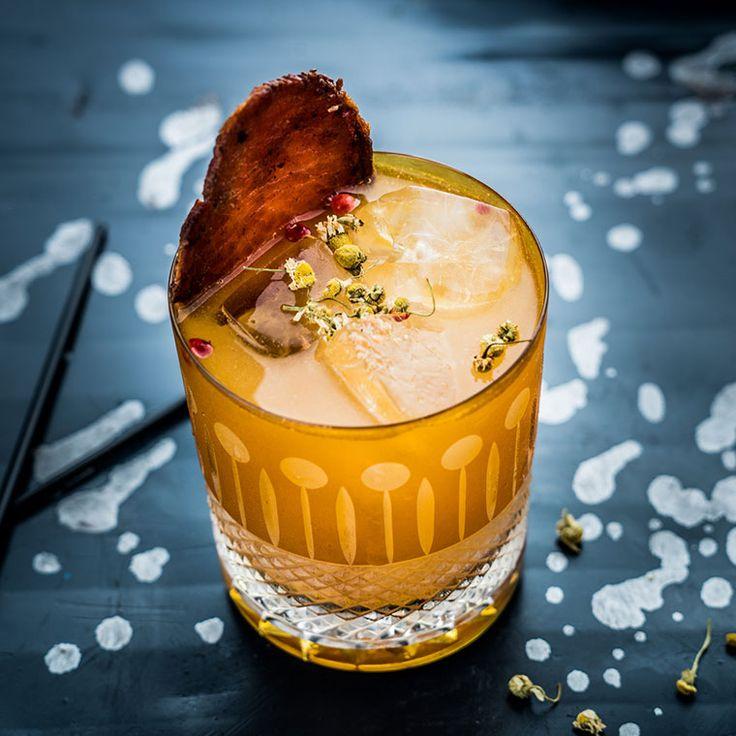Amber gold crystal whisky tumbler