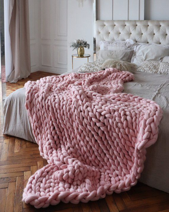 Wool Hugs Blush Pink Chunky Knit Blanket Chunky Knit Throw Merino Wool Blanket Pink Throw Blanket Big Yarn Blanket Arm Knitting Blanket Big Knit Blanket