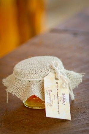 Local-Honey-Wedding-Favors