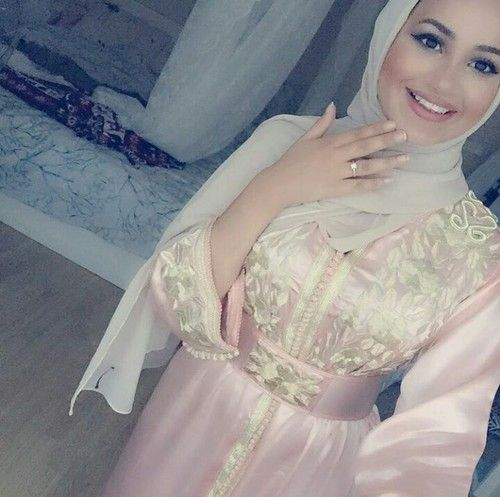 moroccan, caftan, and hijab image