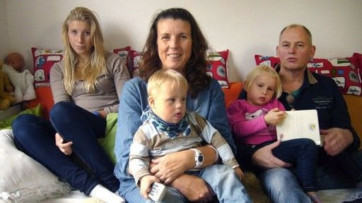 Occupational Physical Therapy for Down Syndrome | SENDER: ARD - SENDETITEL: Exclusiv im Ersten: Machen Kinder glücklich ...