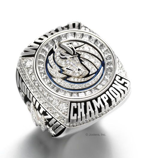Dallas Mavericks Championship ring! How much money?! How many mouths could you feed with that kinda mula? ...just saying lol  nice ring tho!!