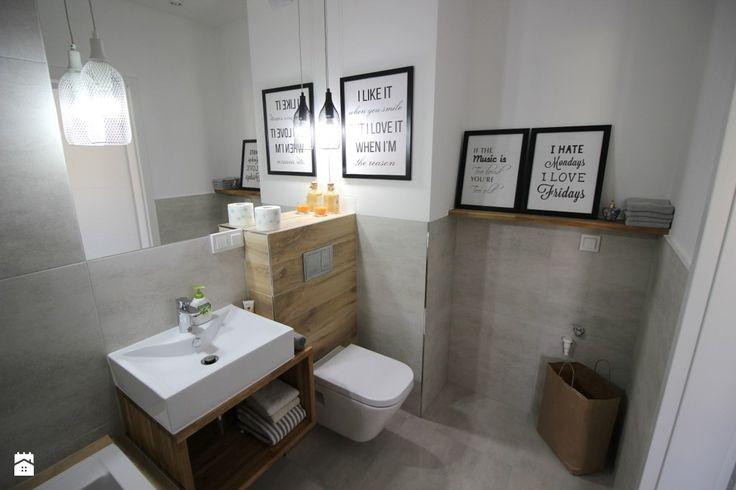 Mieszkanie 3 pokojowe, salon z aneksem kuchennym ( 20m2), sypialnia(10m2), pokój dziecka - gabinet, łazienka z wanną 2w1