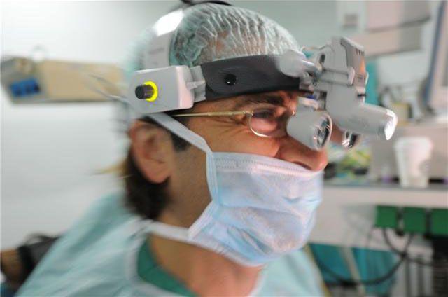 Ameliyathane: Tiroid Guatr ve Paratiroid hastalıkları ve ameliyatı