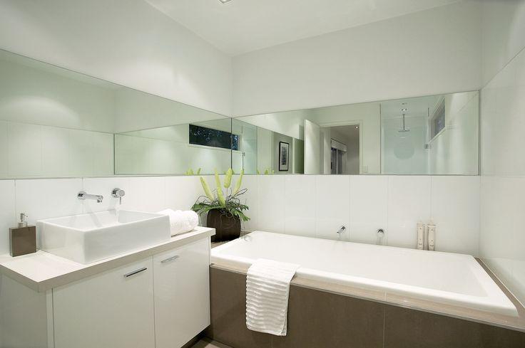 Design & Staging Danni Brown | Sundowner Court | Bathroom | Mirrors