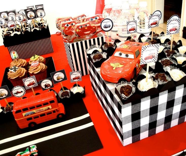 PETIT FOUR: Festa Carros