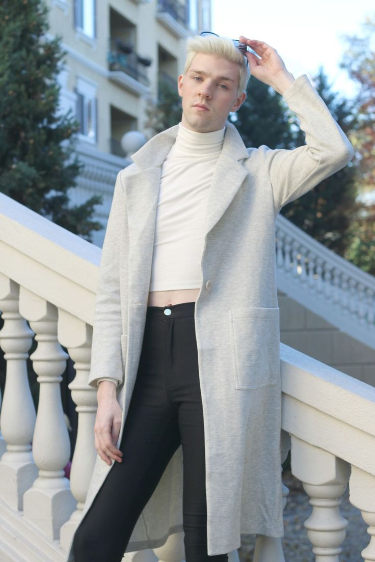 House Of Alexzander - More Non-Binary Fashion From Elliott Alexzander. Queer Fashion, Androgynous Fashion, Love Fashion, Fashion Looks, Fashion Outfits, Mens Fashion, Fashion Ideas, Unisex Looks, Trans Man