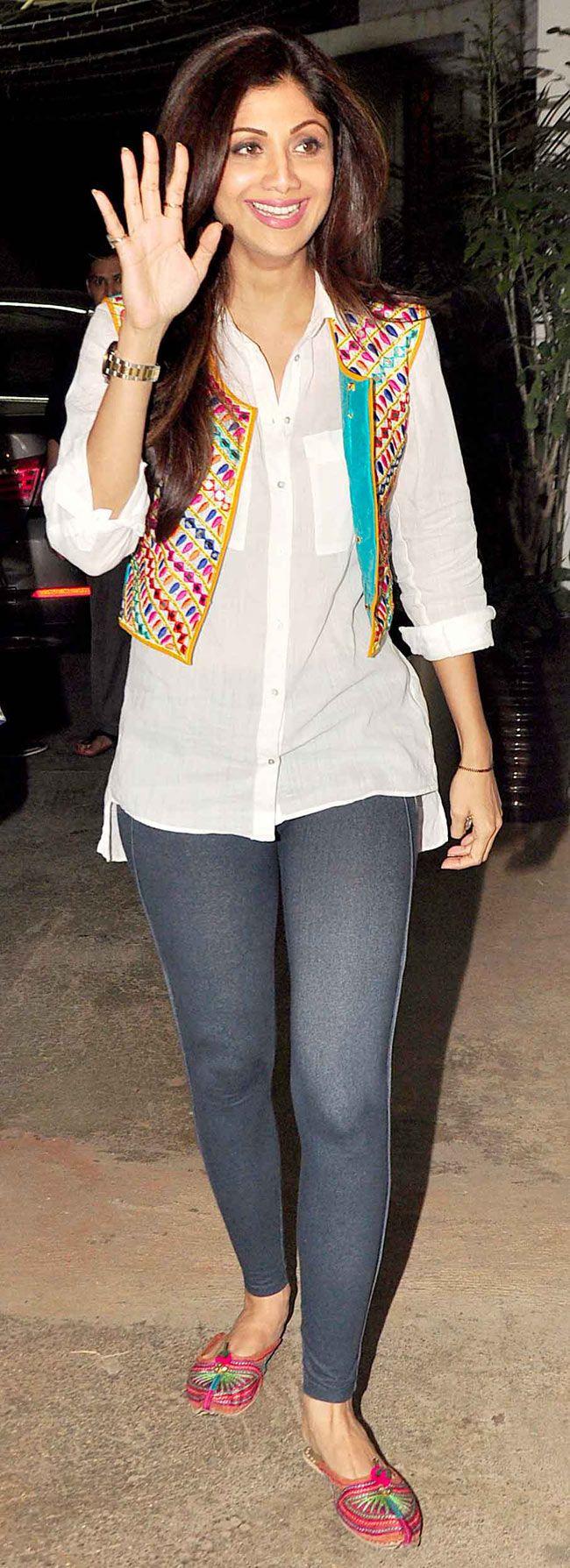 Shilpa Shetty at the screening of 'Chaar Sahibzaade'. #Bollywood #Fashion #Style #Beauty
