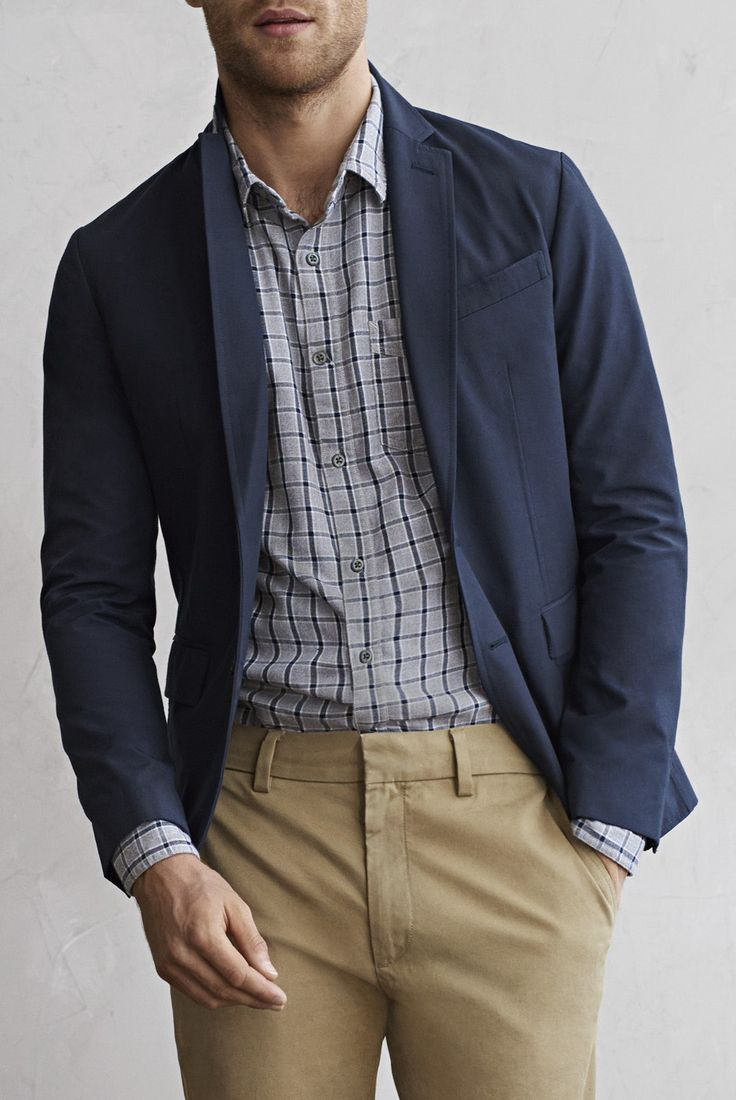 One of our favorite ways to step up your look is to add a tailored navy men's blazer | Banana Republic