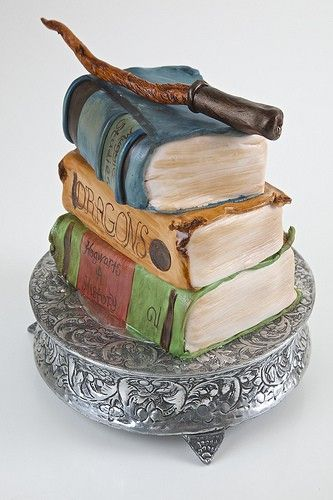 Harry Potter Book Cake! This is an amazing cake! I would love this (but it's too cool to eat!) #squishable #cutengeeky