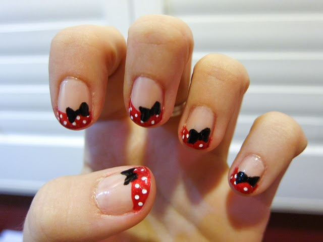 minnieMice, Chalkboards Nails, China Glaze, Bows Nails, Minis Mouse, Minnie Mouse, Mouse Nails, Nails Art Design, Art Nails