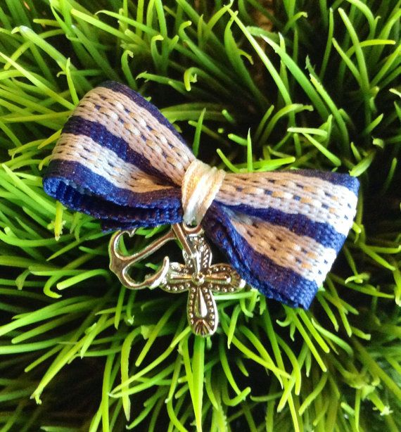 Navy Bow Martyrika  Witness pin by KoulEvents on Etsy, $10.00