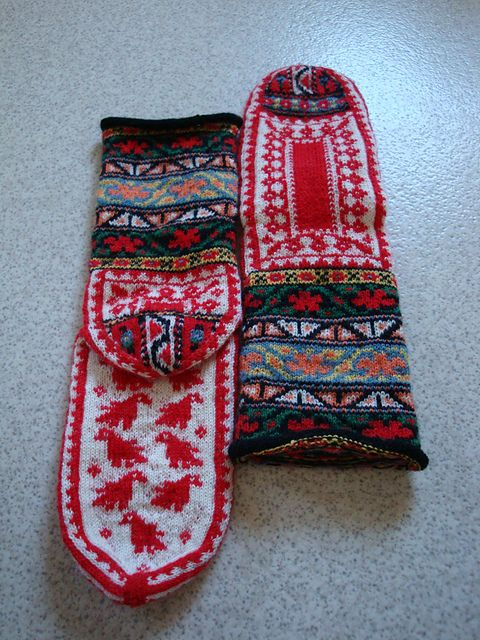 Ravelry: Marha's Will I ever get these knitted?