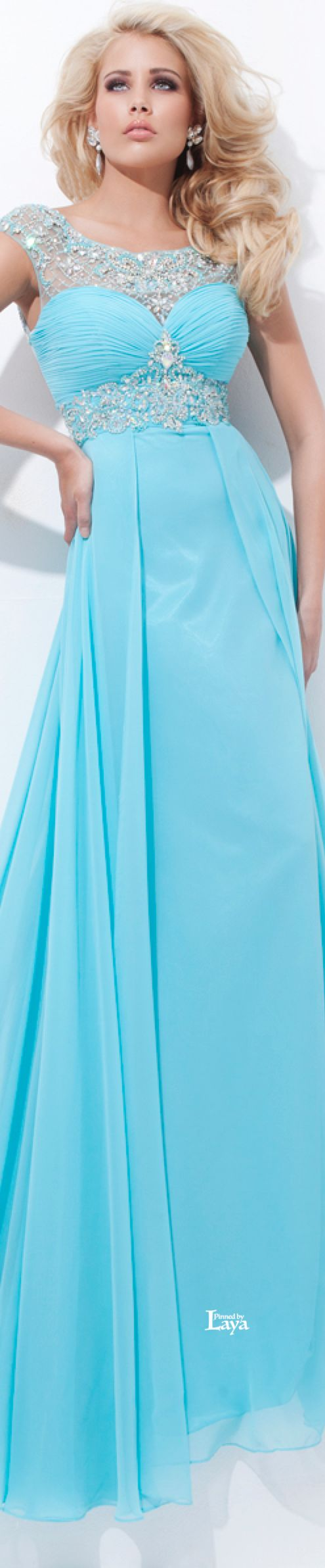 555 best Prom Dresses images on Pinterest | Evening gowns, Gown ...