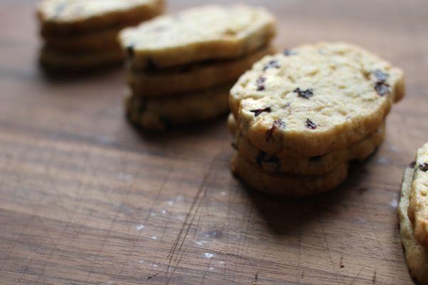 Orange & Currant Oatmeal Cookies - House to Haus via Tartine