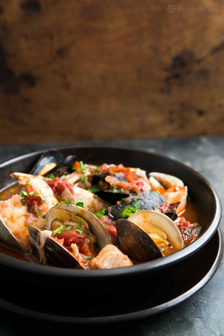 Best seafood stew EVER! San Francisco-style cioppino with ...