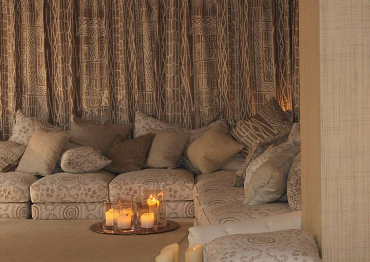 25 best ideas about chez pierre on pinterest motifs de simplicit tube de laiton and banc for Pierre frey showroom