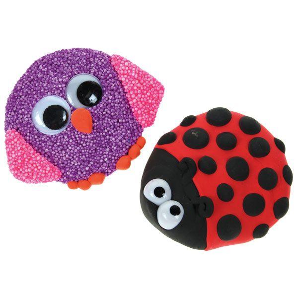 Eläinaiheiset magneetit on valmistettu puunapin päälle helmi- ja silkkimassasta. Tarvikkeet ja ideat Sinellistä!