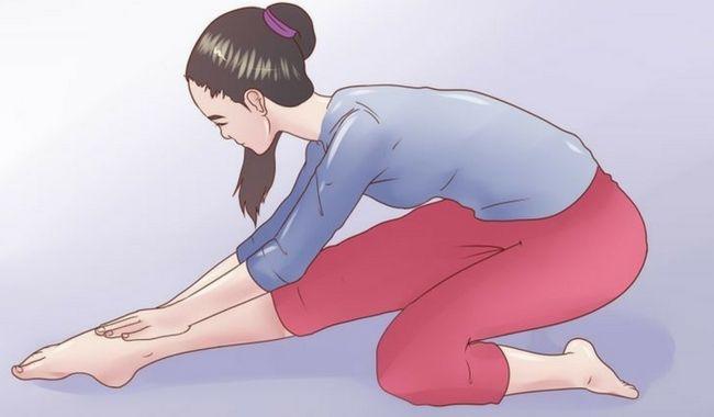 Si la contractura es habitual y no te puedes mover libremente te recomendamos que realices estiramientos para la espalda. Son fáciles y muy efectivos.