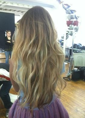 gorgeous hair!!! hopefully my hair will get like this with the rom and no poo' methods:)