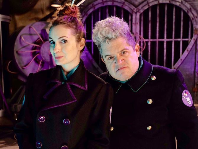 """Sneak peek at Felicia Day and Patton Oswalt in revival of cult comedy classic """"Mystery Science Theater 3000"""""""